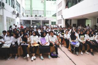 1250 Mahasiswa Baru S1 SBMPTN Mengikuti Proses Daftar Ulang di UPNVJ