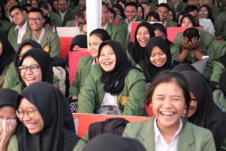 Adaptasi Mahasiswa Baru UPNVJ, dengan PKKMB 2018