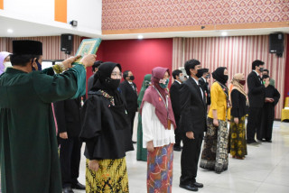 Lantik 23 PNS Baru, Ini Pesan Rektor UPN Veteran Jakarta