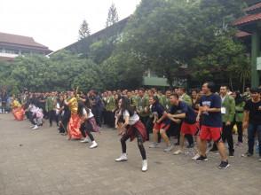 "UPN ""VETERAN"" JAKARTA PROUDLY PRESENT PARADE UNIT KEGIATAN MAHASISWA"