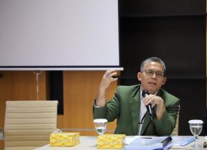 Dr. Anter Venus Wakil Rektor Bidang Akademik UPNVJ, Jadi Narasumber pada Webinar Fikom UNPAD